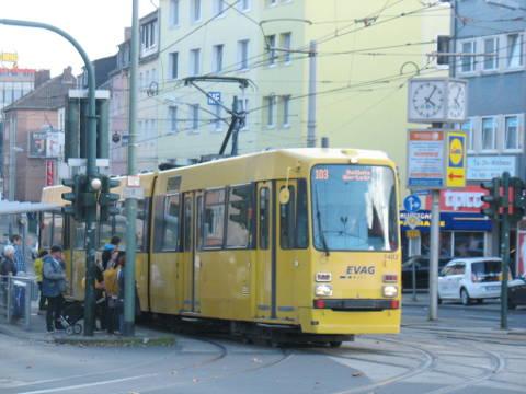 Linie 103 M-Wagen Reihe 1400 Haltestelle Helenenstraße
